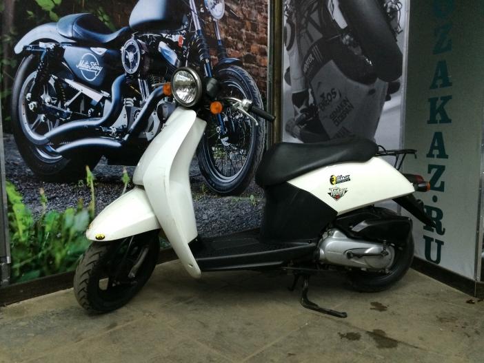 Скутер Honda Today (б/у)