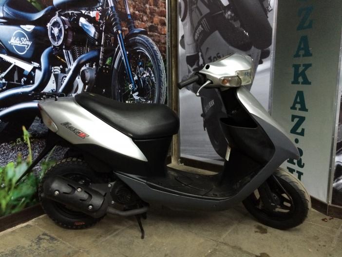 Скутер Suzuki Lets 2 new (серебро) (б/у)